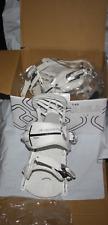 540 Snowboard Bindings women's white bindings standard M  metal heel cup New