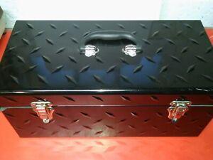 HUSKY HEAVY DUTY BLACK METAL TREAD PLATE DESIGN CARRY / STORAGE BOX HAND CARRY