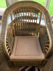 Conservatory furniture set used