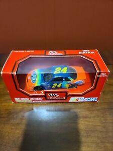 Jeff Gordon No. 24 1994 DuPont Chevrolet Lumina 1:43 NASCAR Die Cast Car
