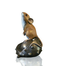 More details for richard cooper studio.   mouse on conker