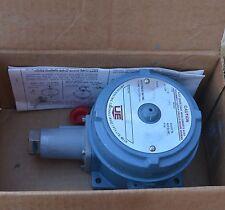 UE United Elec J120-191 pressure switch 70-700kPa Exd IIC T6 hazardous locations