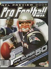 2005 PRO FOOTBALL WEEKLY PREVIEW MAGAZINE    TOM BRADY COVER    NO MAILING LABEL