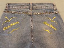 Womens Apple Bottoms Capris Jeans Size 6  (A14)