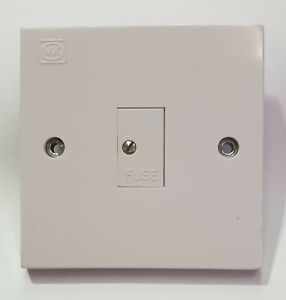 MK 1047 WHI 13amp Unswitched Spur
