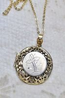 Vintage Filigreed Floral Engraved Locket Pendant Necklace Gold Tone