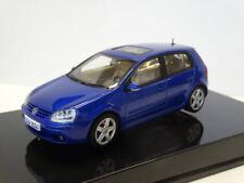 AutoArt: VW Golf 5 2004 Atlantisblue Metallic 1K0099300BC5J