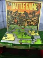 VINTAGE RETRO 'THE BATTLE GAME' RARE 1960's BY TRIANG **INCOMPLETE READ LISTING