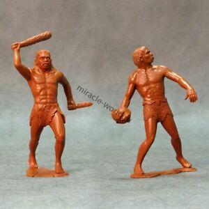 Ark Models AK 80011 Cavemen. Set №2 /2 figures/ (150-mm)