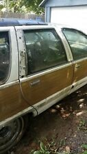 91-96 Buick Roadmaster WAGON PASSENGER REAR DOOR OEM Used White Woodgrain Right