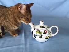 Cardew Teapot Set CAT-TEA Tea For One- cat excluded :)