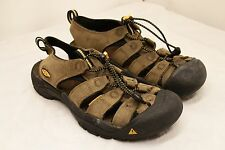 Mens size 9 1/2 KEEN waterproof sandals brown leather closed toe sport sandals