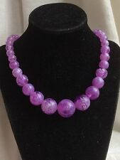 Lovely Vintage 1960s Lilac + White Marble Swirl Lucite Plastic Bead Necklace
