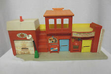 Vintage 1973 Fisher Price Play Family Village #977