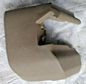 --VOLVO--XC90--2004-2008  --FRONT--SEAT--RAIL--COVER-TRIM RH RIGHT SIDE  8619805