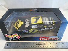 2000 Hot Wheels Racing Michael Waltrip #7 Nations Rent NASCAR 1:24 Scale Diecast