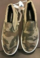 Old Navy Camo Tennis Shoes Youth Size 5 Ladies Size 6.5 Slip On Canvas NWT