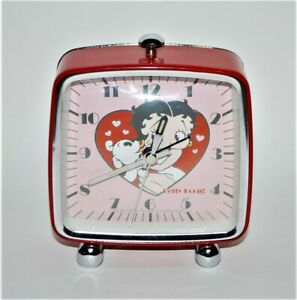 Betty Boop & Dog Clock Red Hearts Retro Look Analog Battery Operated