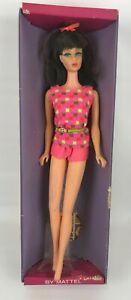VINTAGE 1966 BARBIE Twist N Turn TNT FASHION MODEL #1160 Dk. Brown Posing Stand