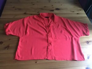 Topshop Size 10 Red Loose Fit Top Shirt Blouse Cropped Length Collar Buttons