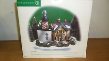 Department 56 New England Village Trinity Ledge Lighthouse #5661-1 Retired