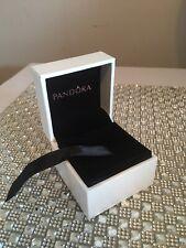 Pandora Ring / Charm Box / Giftbox