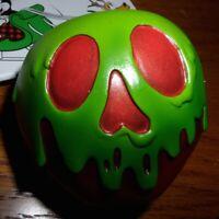 Disney Ornament Sketchbook 2017 Snow White Poisoned Apple Old Hag NIB
