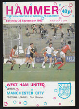 Hammer- West Ham United FC Official Programme v Manchester City Sept 25 1982