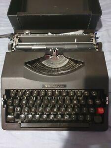 Chevron Deluxe Typewriter