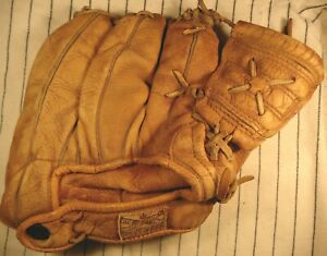 Rare 1950s Jack Watson Sporting Goods Canada made adult 3 finger baseball glove