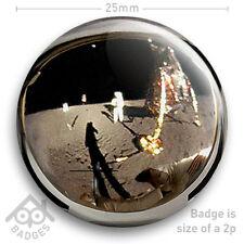 """NASA APOLLO 11 Neil Armstrong Buzz Aldrin Helmet Visor Moon - 25mm 1"""" Badge"""