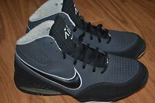 Nike Max air mens shoes athletic size 9.5 US