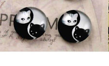 YING YANG CAT CABOCHON GLASS STUD EARRINGS 12MM