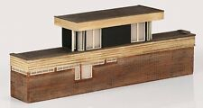 Graham Farish 42-254 N Gauge Low R Power Signal Box 120mm x 24mm x 40mm T48 Post