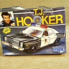 TJ HOOKER William Shatner MPC 1:25 Police Car Model Kit 1982 #1-0676 Vintage