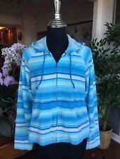 NIKE Women's Jacket Size Medium with hood for Fitness Running Tennis Yoga Beach