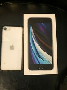 Apple iPhone SE 2020 White 2nd Generation Boost Mobile