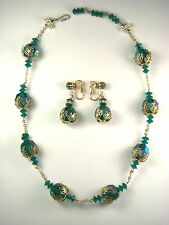 Vintage Emerald Green Iridescent Crystal Necklace Clip On Earrings Set Gold Tone