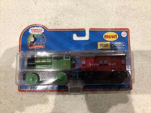 NIB Thomas And Friends Hard At Work Percy & Mail Car