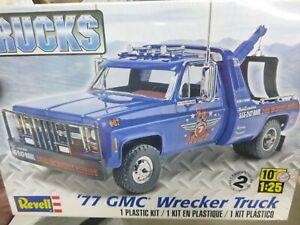 REVELL 85-7220 1977 GMC WRECKER TOW TRUCK DUALLIE 1/25 McM KIT FS