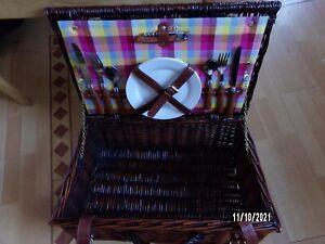 Wicker Basket Picnic Hamper Set