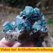 7438 Fluorit UV ca 6*8*8 cm daylight fluorescence Rogerley Mine GB 2014 MOVIE