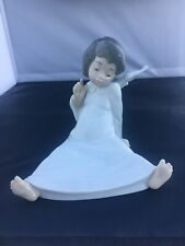 Lladro # 4962 ~ Cherub Wondering ~ (Angel) Excellent Condition (Box 531-2)