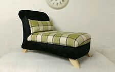 Small Chaise Longue with Cushion in Black Crushed Velvet and Green Tartan