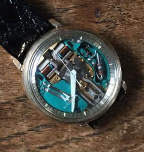 Bulova Accutron Spaceview gold