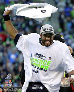 Russell Wilson Seattle Seahawks NFC Championship Towel Shirt Celeb 8x10 photo