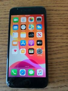 Apple iPhone 8 - 64GB - Chipped screen but working