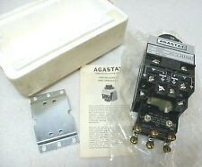 AGASTAT TIMING RELAY 7012PHLL, 120 VDC, 3-30 MINUTE, NEW IN BOX