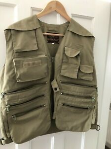 Gelert Fly fishing waistcoat vest pre-owned, size medium, very good condition.