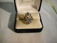 ~Signed James Avery Adorned Hearts Sterling Silver Ring Size 5.25~